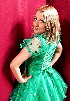 Ukraine bride  Viktoriya 25 y.o. from Perevalsk, ID 63646