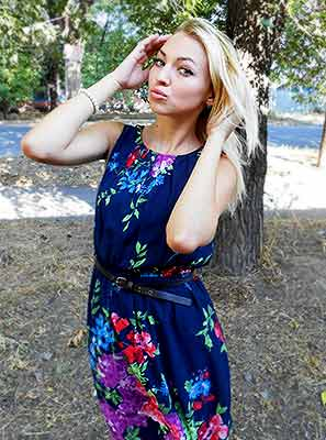 Ukraine bride  Elena 27 y.o. from Mariupol, ID 79157