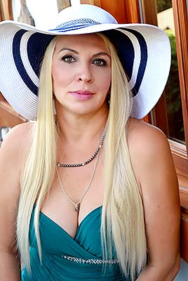 Ukraine bride  Nadejda 60 y.o. from Poltava, ID 73934