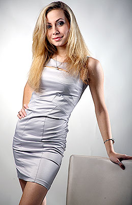 Ukraine bride  Irina 25 y.o. from Ternopol, ID 71072